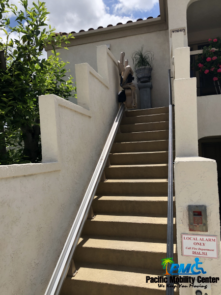 Outdoor-Stairlift-Mission-Viejo-1