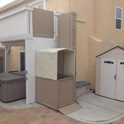 Mac's Tall Porch Lifts