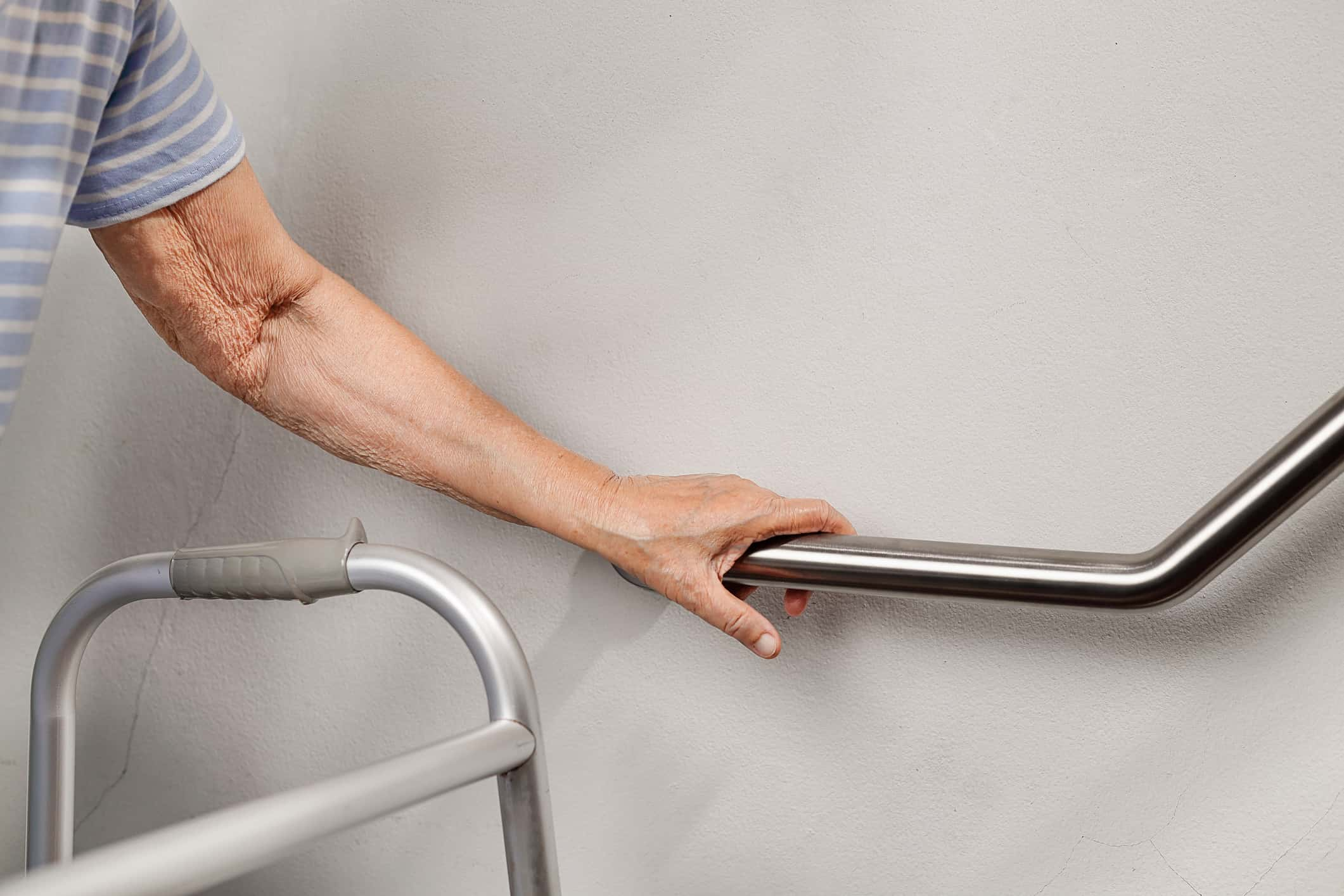 How Rheumatoid Arthritis Limits Your Mobility