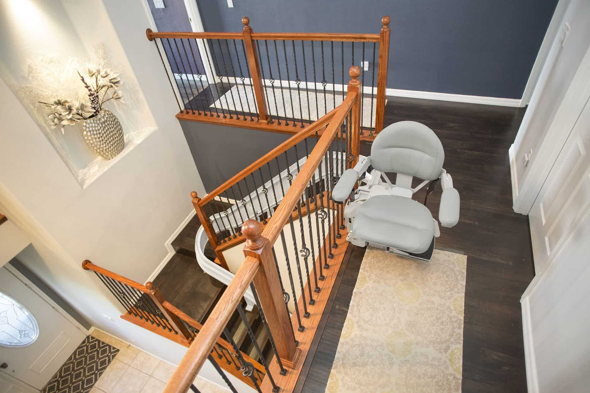 Practical Do's and Don'ts to Review Before Purchasing a Stairlift